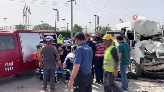 Feci kazada ağır yaralanan sürücü hastanede hayatını kaybetti