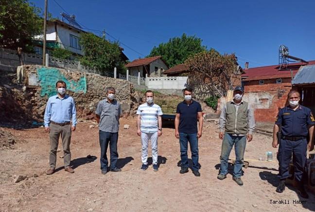 Kaymakam Arslantürk ve Başkan Pilavcı Evi yanan Aileyi ziyaret etti