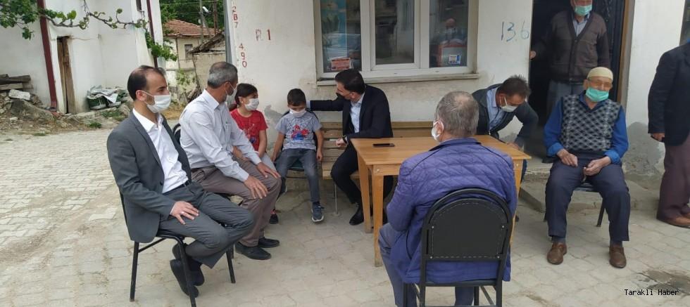 Taraklı Kaymakamı Levent Küçük Akçapınar Mahallesini ziyaret etti.