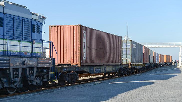 Türkiye'den Çin'e giden ikinci ihracat treni, Azerbaycan'a ulaşt